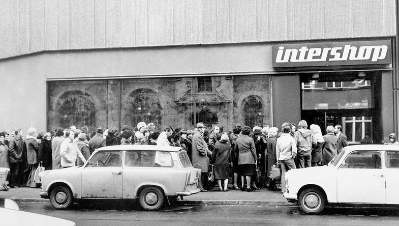 RDA : Ouverture d'un Intershop le 16 avril 1979. Photo DPA